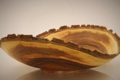 Naturrandschale aus Nussbaum - Thomas Häckel