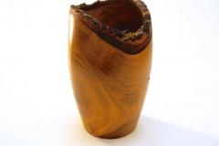 Vase aus Kirsche mit Naturrand-Helmut Bokämper